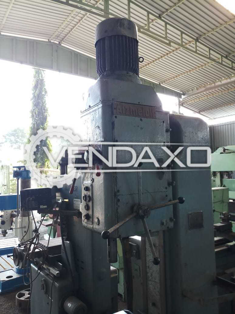 Alzmetal Make Radial Drill Machine - Drilling Capacity : 50 mm