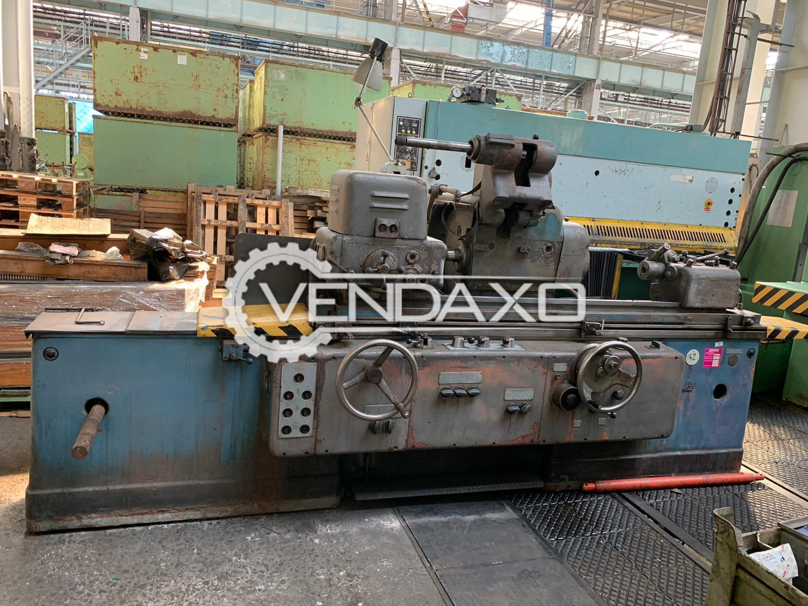 TOS BHU 31/1000 Cylindrical Grinding Machine - Distance Between Center : 1000 mm
