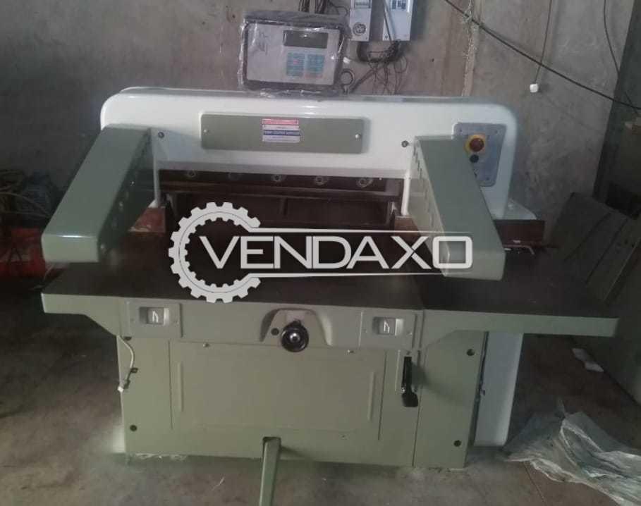 Polar 72 Paper Cutting Machine - Size - 28 Inch
