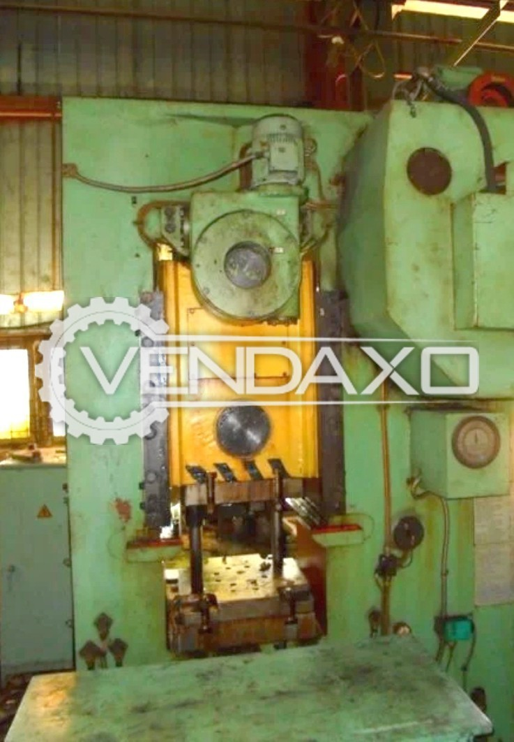 Barnaul Russia KB8336 Knuckle Joint Coining Press Machine - Bed Size : 500 x 500 mm