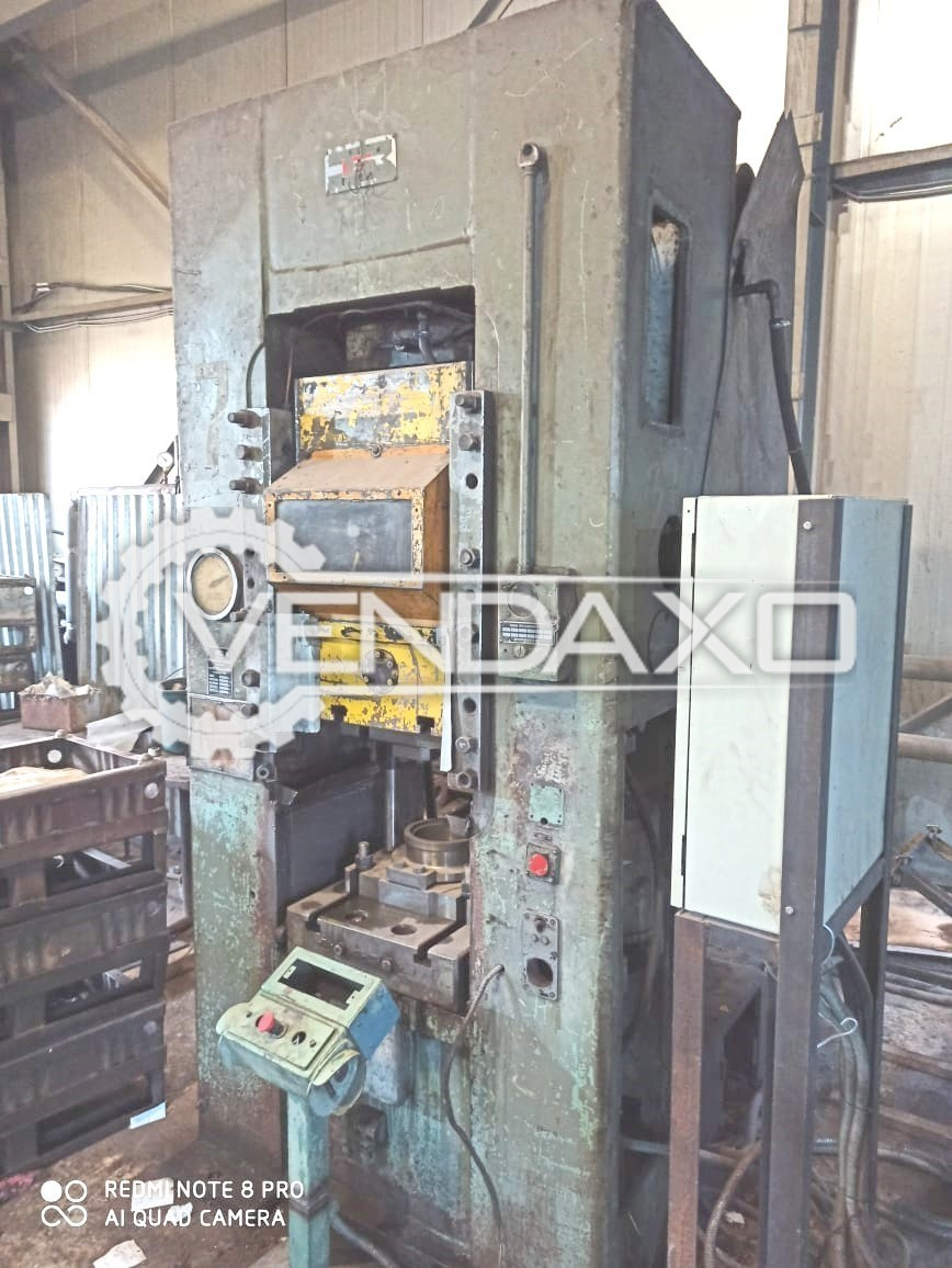 Barnaul Russia K8336 Knuckle Joint Coining Press Machine - Bed Size : 500 x 500 mm, 400 Ton