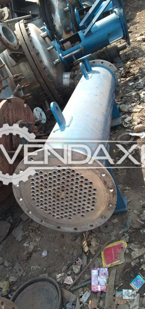 Indian Make Condenser - Capacity : 3 to 40 Sqm