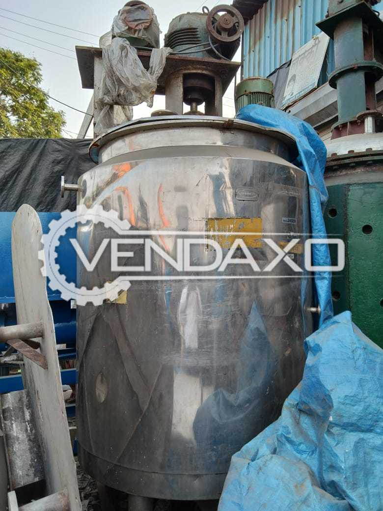 SS Jacketed Mixing Vessels - Capacity : 2000 Liter