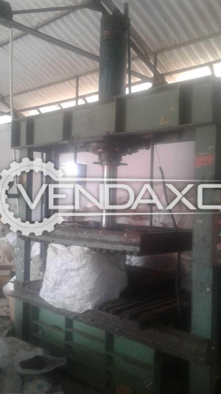 "Koyampuththoor Fabrics Pressing Machine - Bed Size - 36"" x 58"""