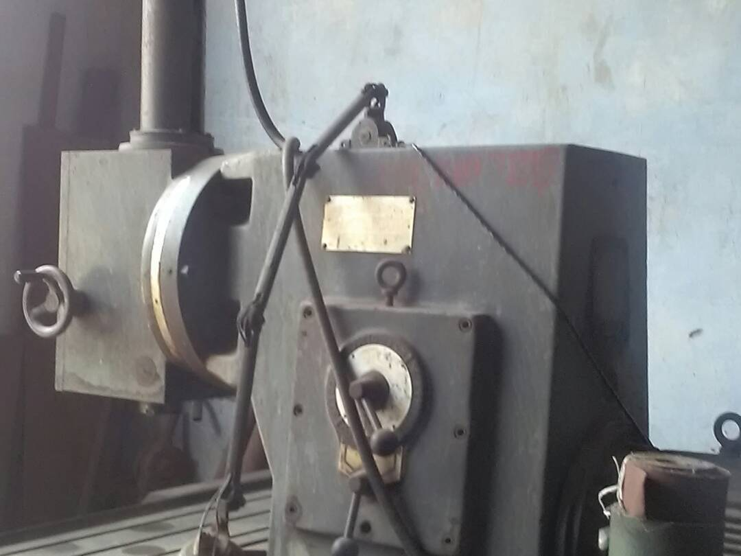 Vertical milling machine 1