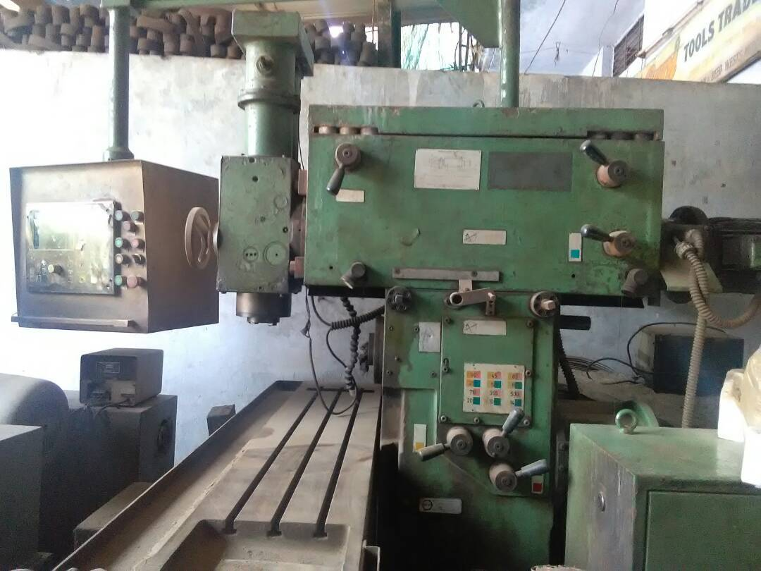 Vartical and horizontal milling machine 2