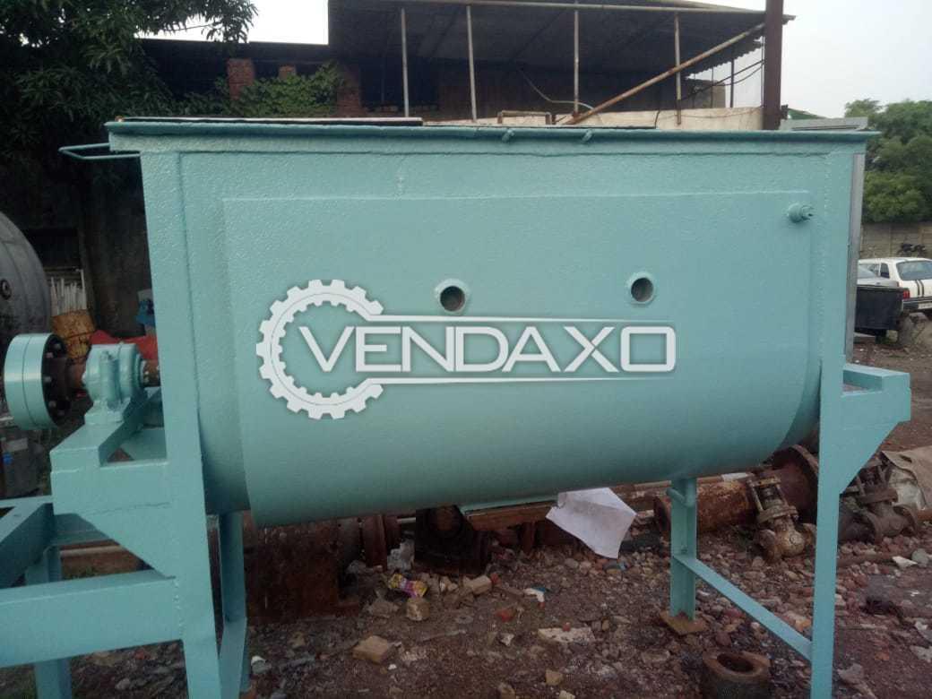 SS 316 Clade Blender Mixer - 700 KG