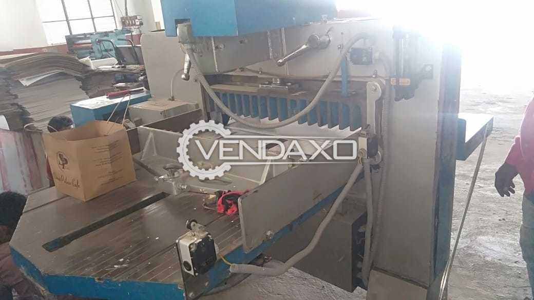 For Sale Used Paper Cutting Machine - Size - 32 Inch