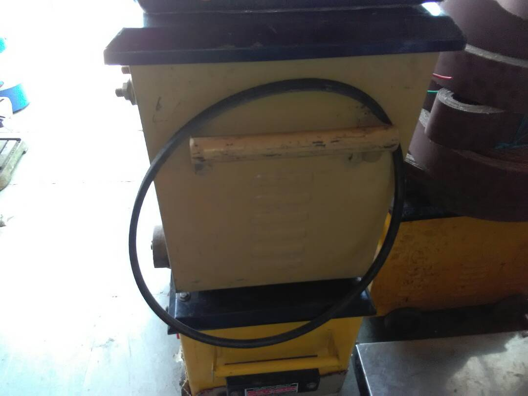 Welding machine - 200 AMP