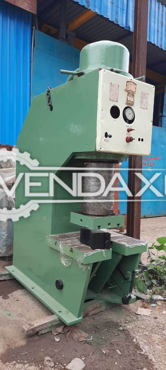 For Sale Used WMW Hydraulic Press - 160 Ton