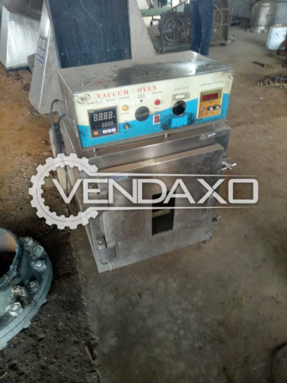 SS Vaccum Oven - 3 Tray Dryer
