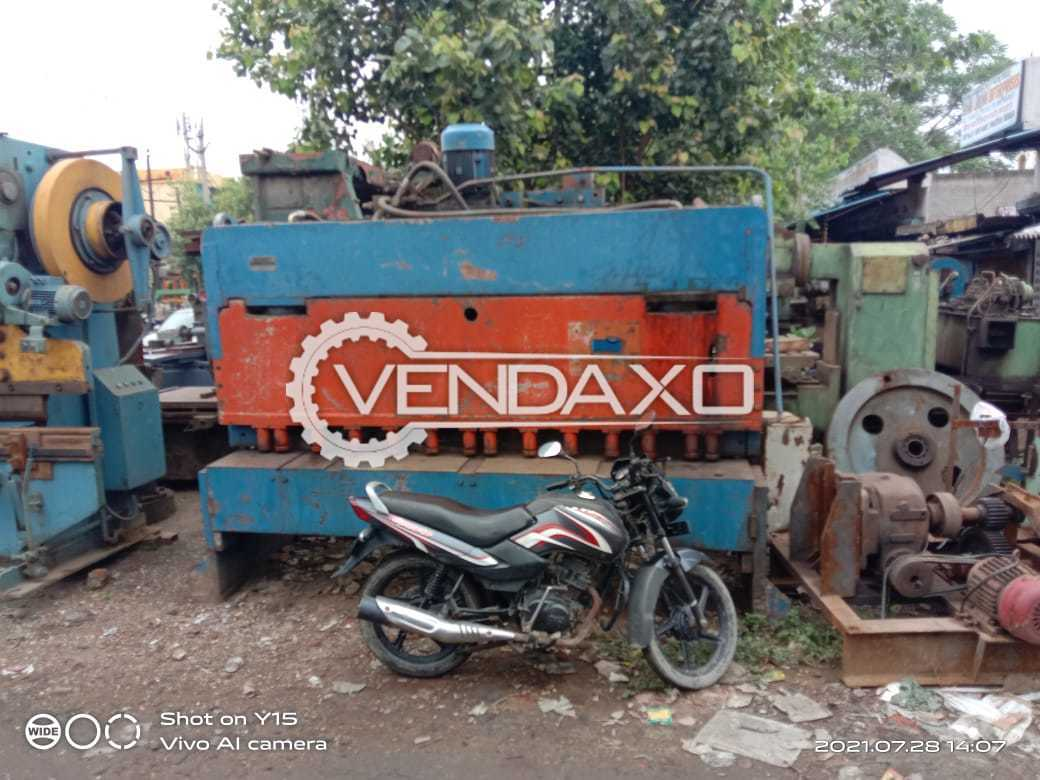 For Sale Used Shearing Machine - 2500 x 10 mm
