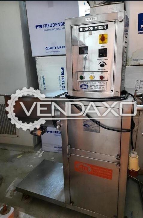 STM RM 35/5L GMP Ribbon Mixer - 35 Liter