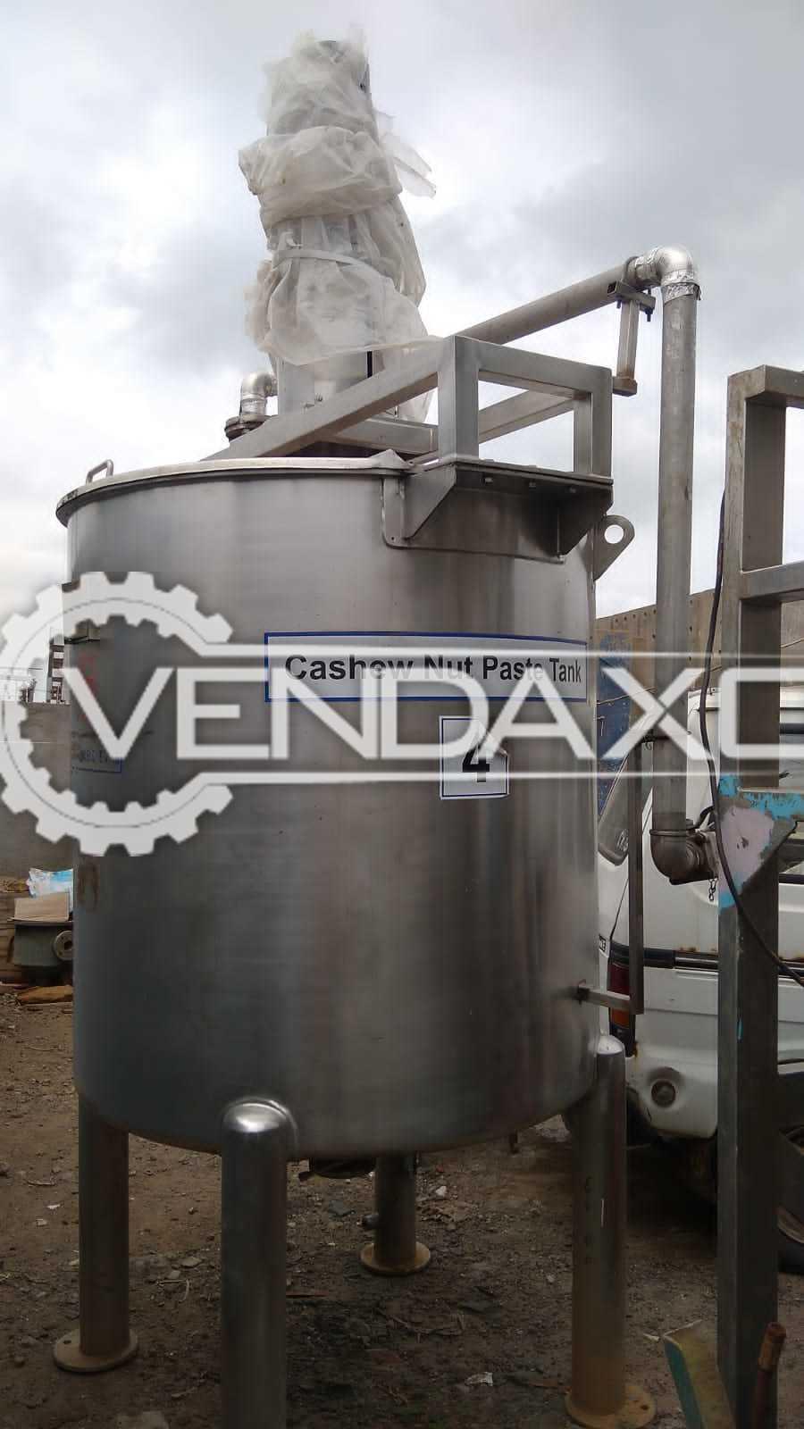 Dharma Engineering SS Cashew Nut Paste Mixing Tank - 1300 Liter, 2016 Model
