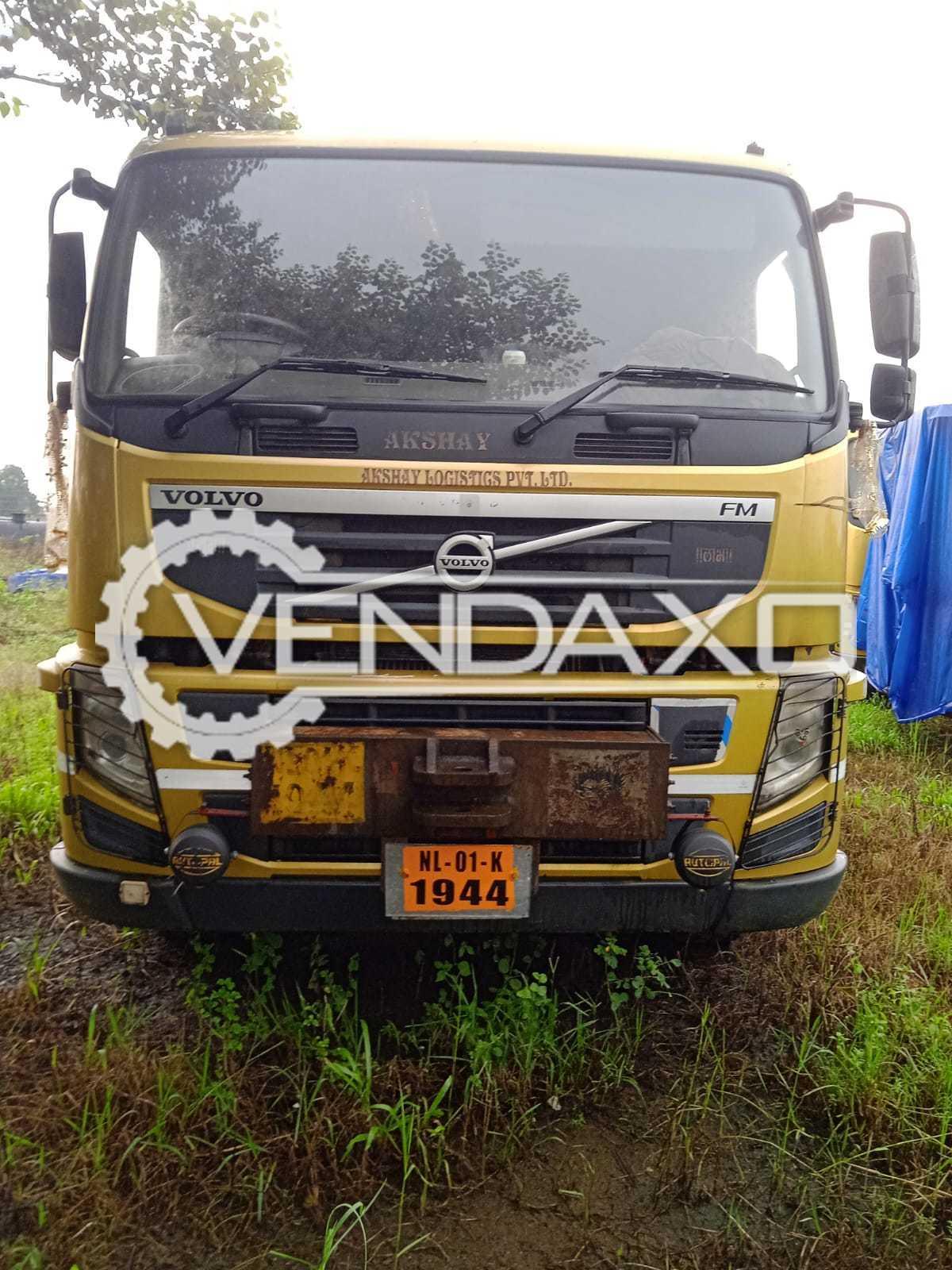 2 Set of Volvo FM400 HD Heavy Duty Truck - 2012 Model