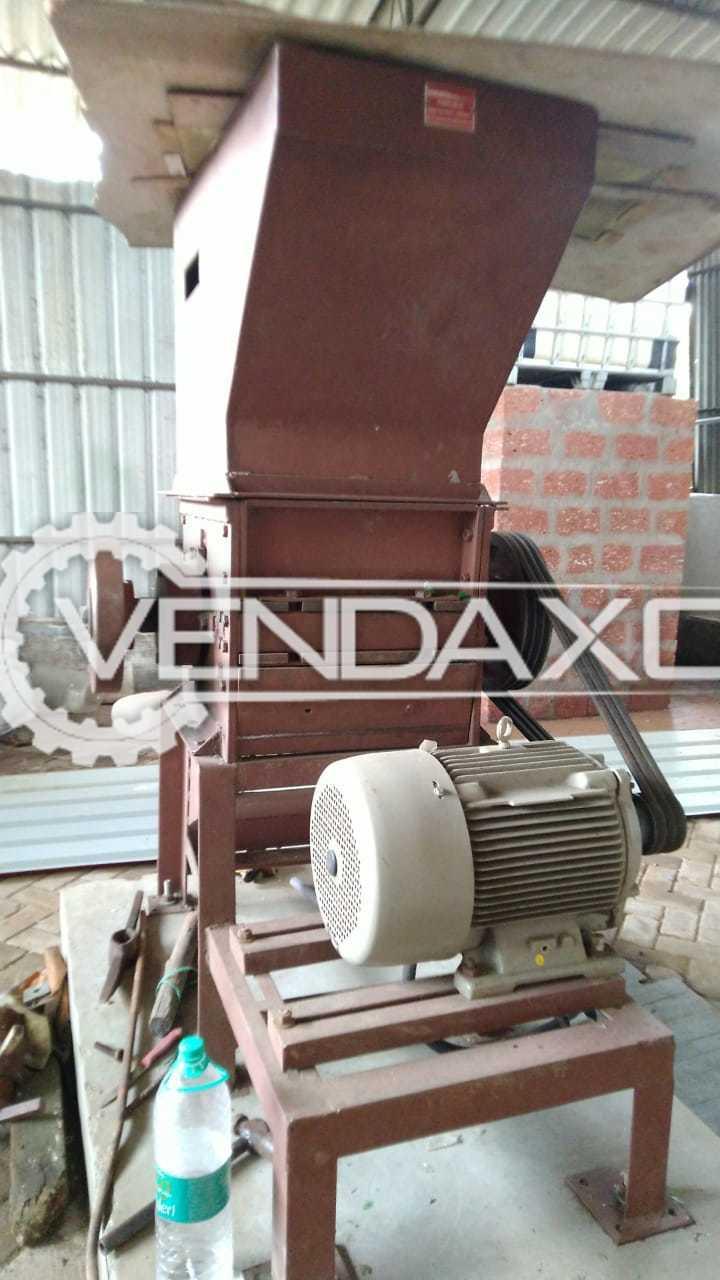 Servimec Plastic Crusher & Plastic Grinding Machine - 100 to 120 KG Per Hour, 2020 Model