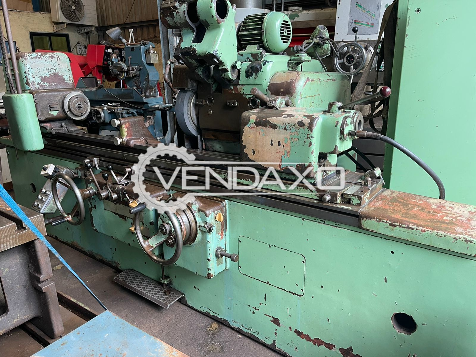 TOS Cylindrical Grinding Machine - Between Center - 1500 mm