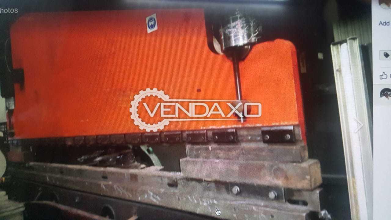 Amada CNC Press Brake Machine - 4 Meter x 200 Ton