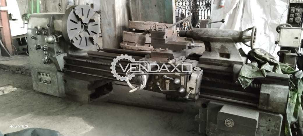 Budapest EU630 Lathe Machine - Admit Between Center - 2000 mm
