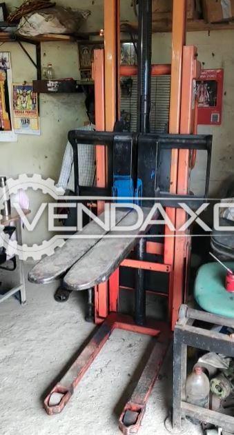 Indian VXHSE-1500/2000 Semi Electric Forklift - 1500 KG