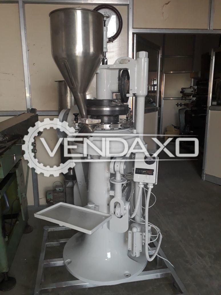 Cadmach 16 Station Tablet Press Machine