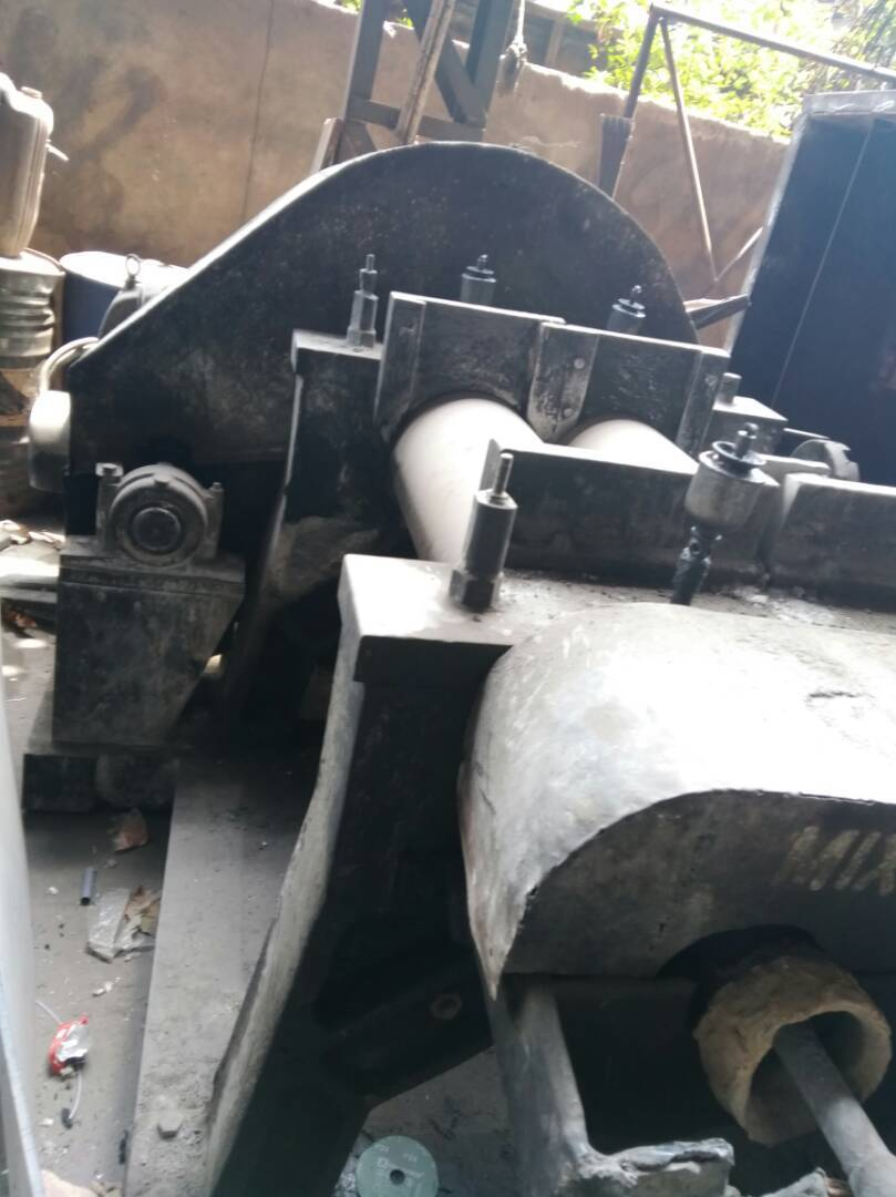 Rubber mixing mill 3