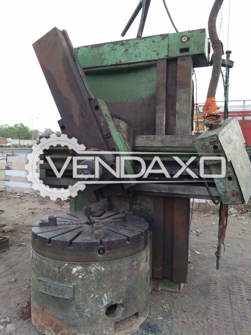 Umaro Vertical Turret Lathe Machine