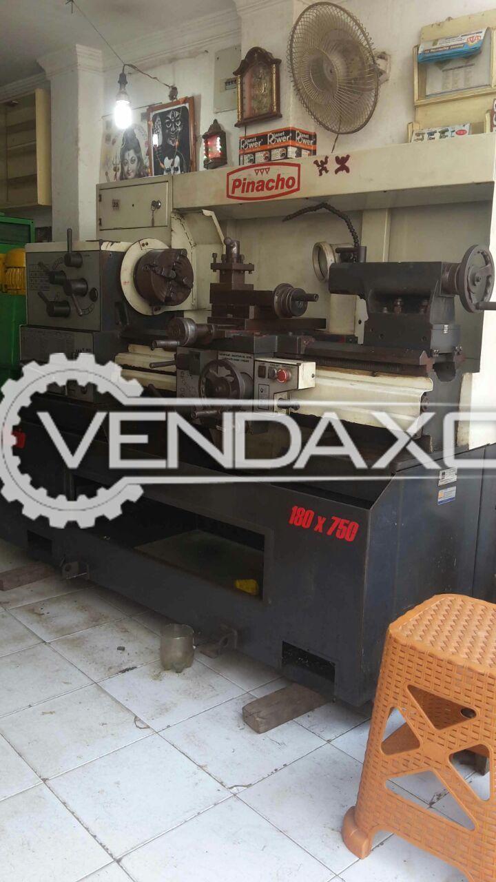 Pinacho Precision Lathe Machine