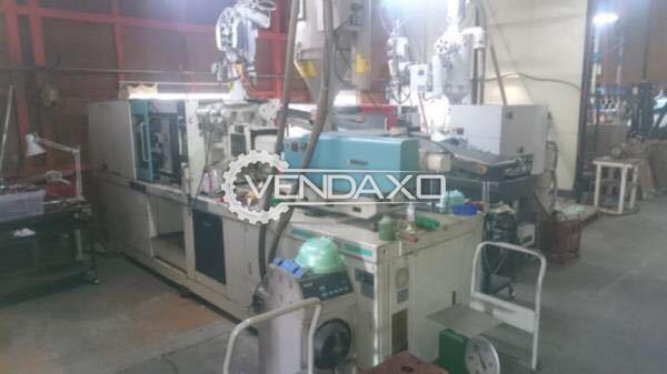Niigata Plastic Moulding Machine - 130 Ton