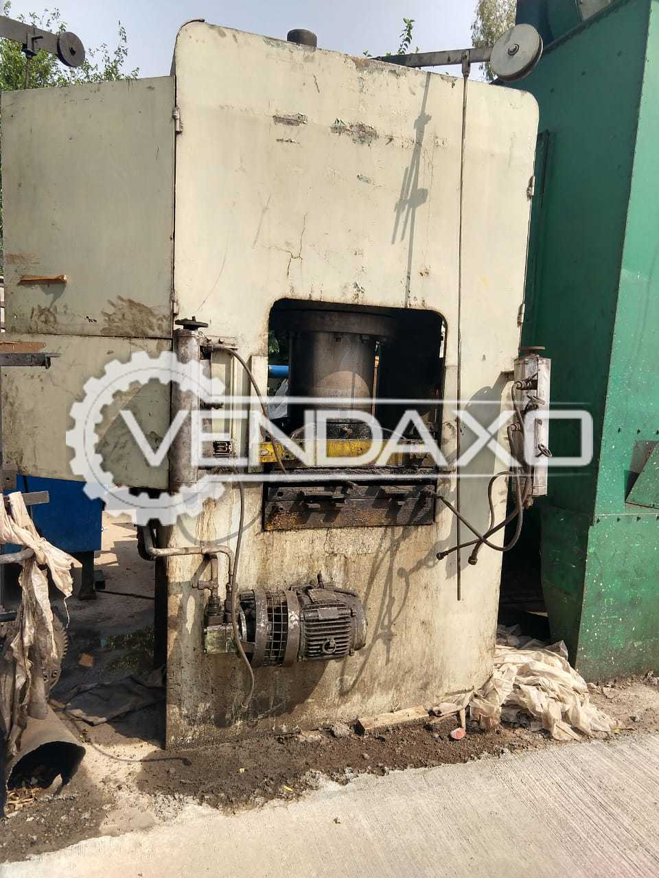 Rubber Moulding / Sheet Metal Press