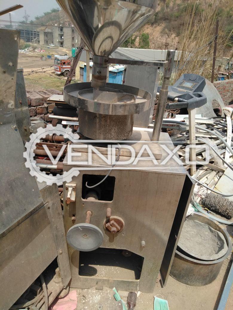 Sharma Strip Packaging Machine - 4 Lakh / 8 Hours
