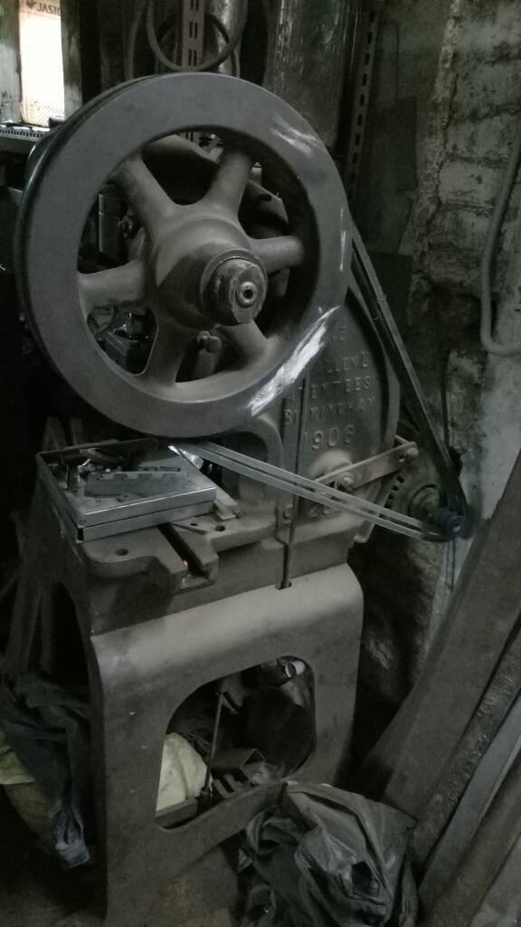 Power press 4