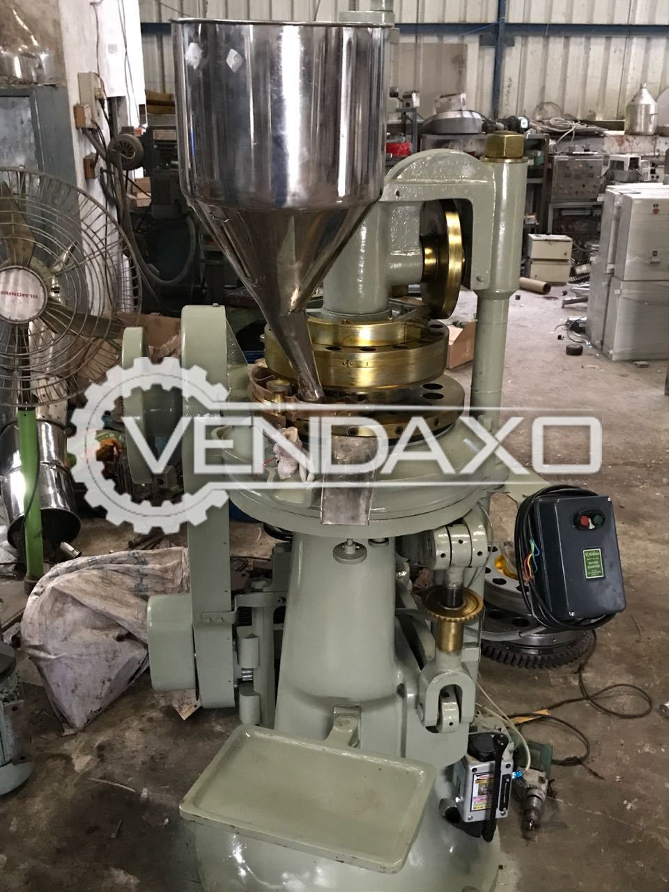 20 Station D Tooling Rotary Tablet Press Machine