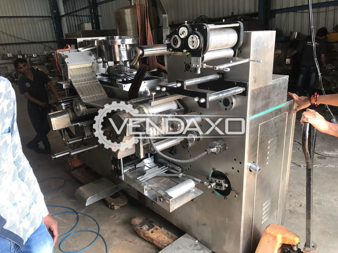 Double Track Blister Packing Machine With Capsule