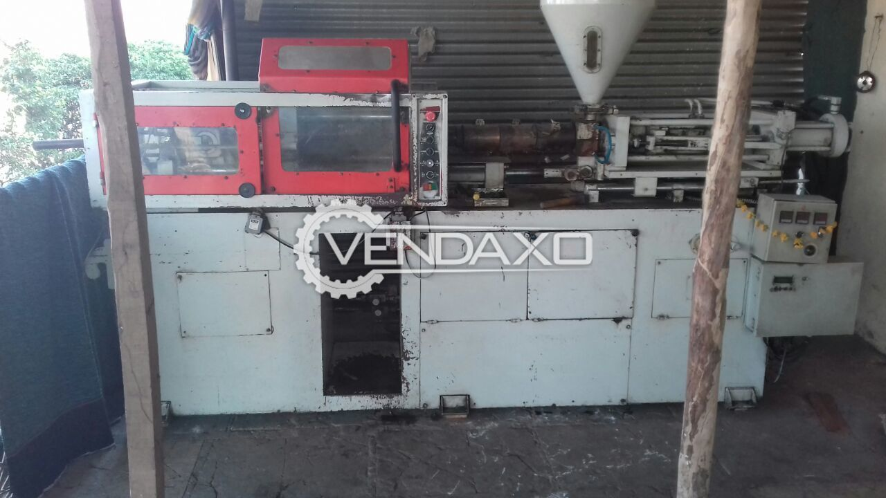 Romax Plastic Injection Moulding Machine - 80 Ton