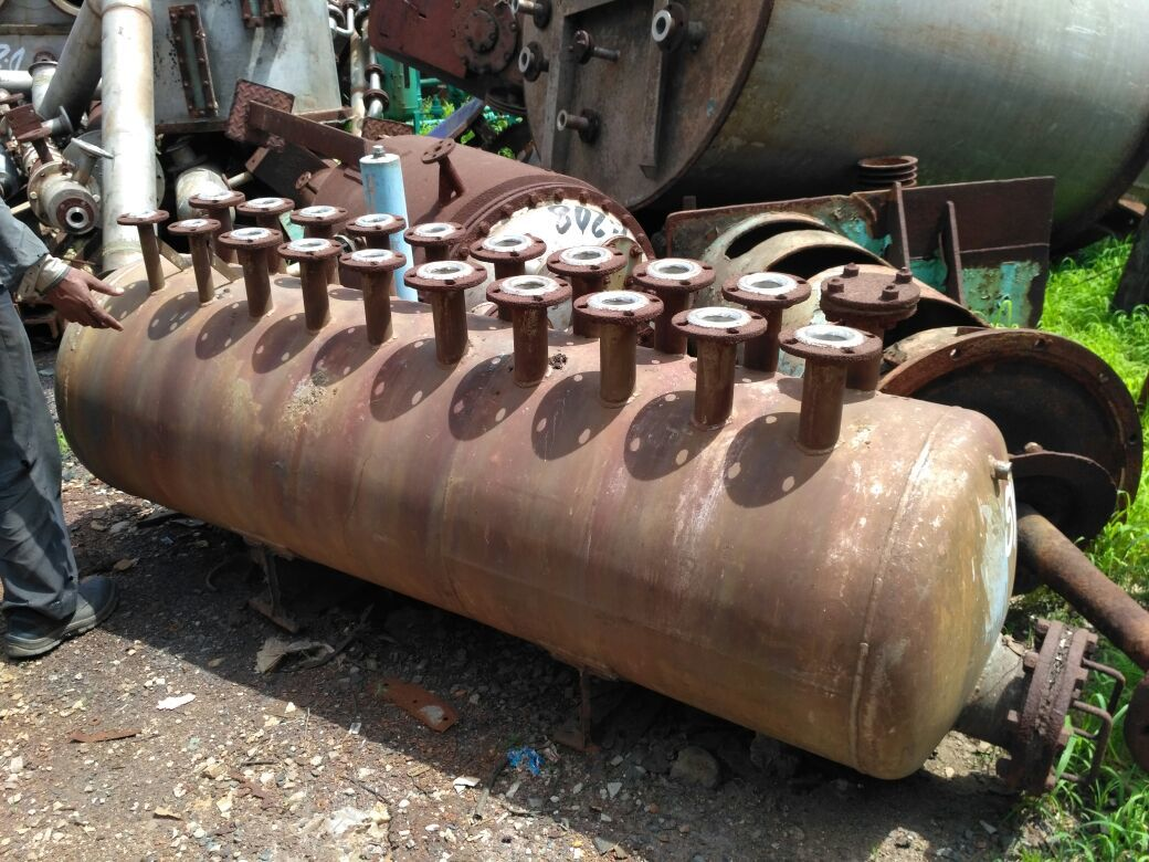 Reactor with flange
