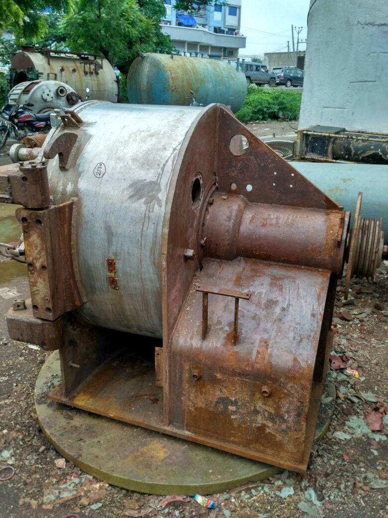 Pillar centrifugal