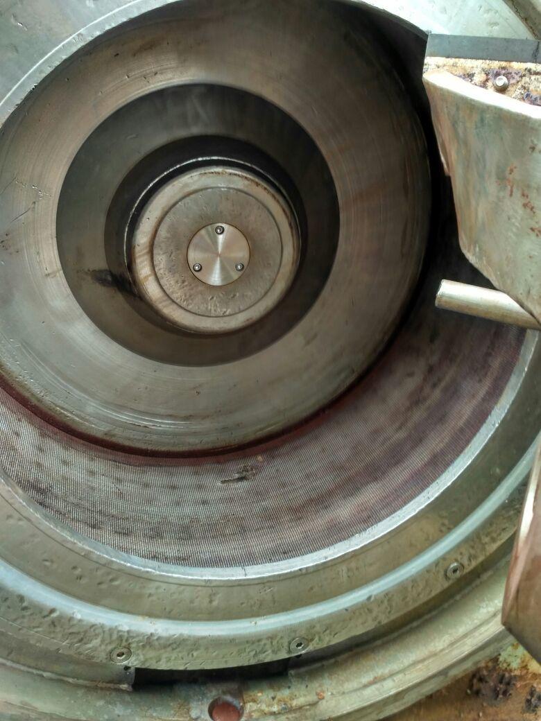 Pillar centrifugal 12