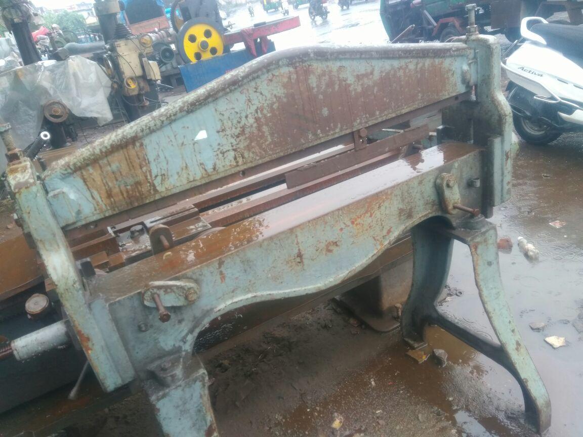 Bending machine 4