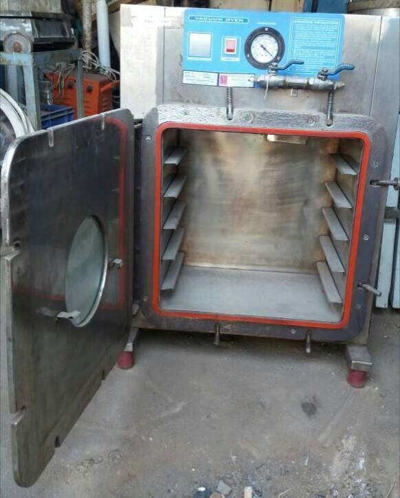 Vacuum Tray Drier - 5 Trays Capacity