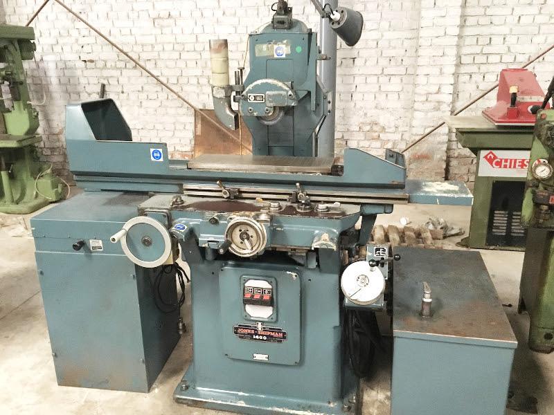 Hydraulic surface grinder