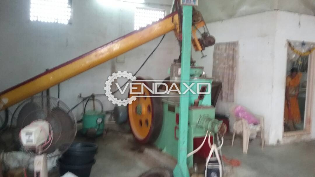 Hi Tech Biomass Briquette Machine - 65 Diameter