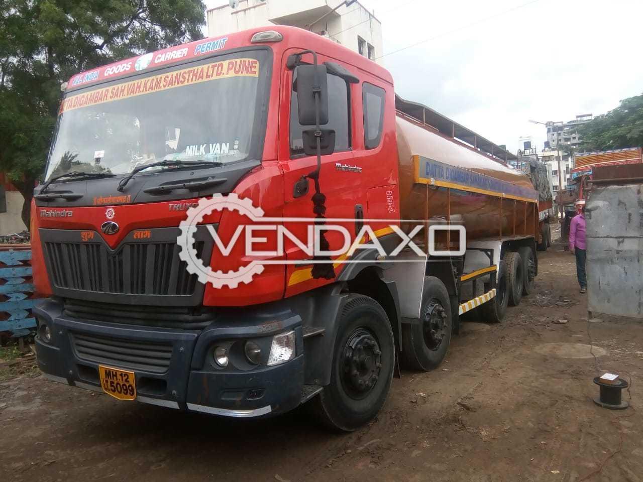 Mahindra & Mahindra 3718 Truck - 22500 Liter