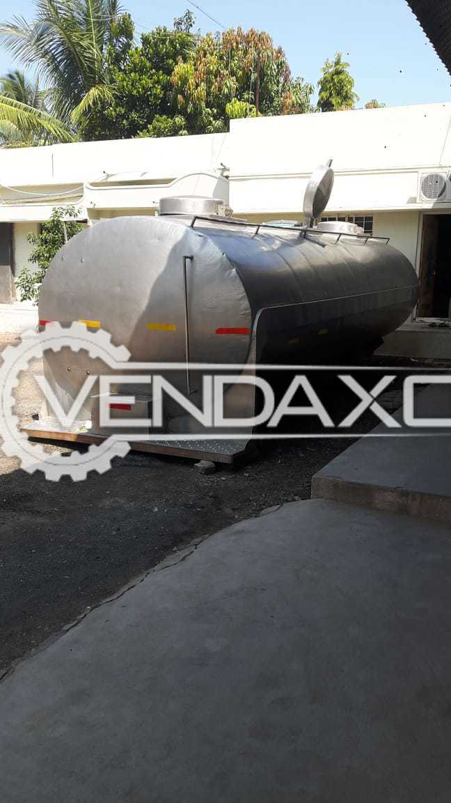 Road Milk Tanker - 2000 Liter