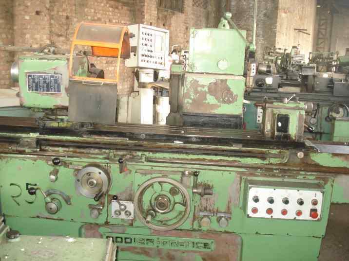 Universal grinding machine 2