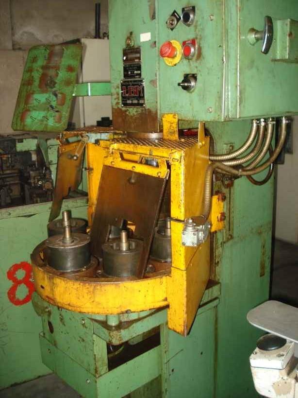 Hydraulic press 3