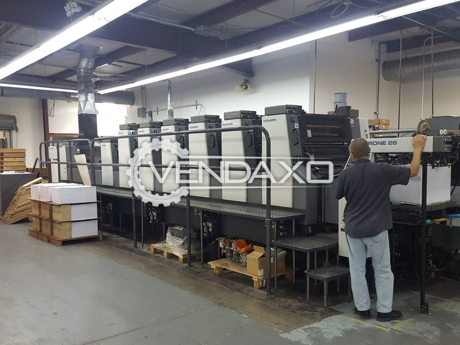 KOMORI LITHRONE 628 Offset Printing Machine - 20 x 28 Inch, 6 Color