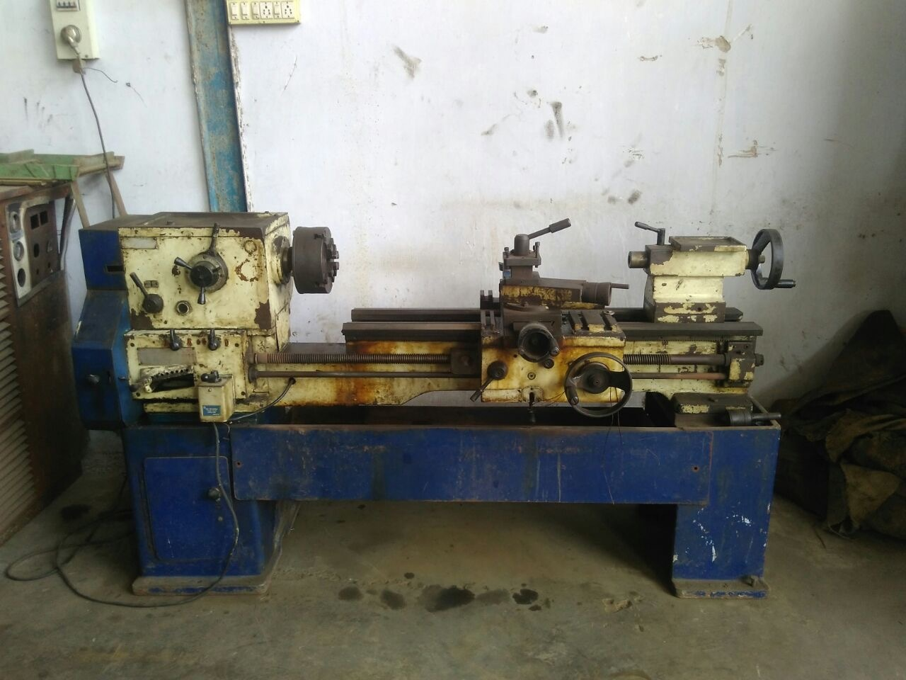 Lathe Machine - All gears