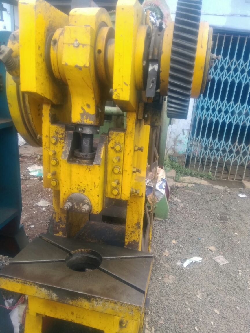 Power press 30 ton