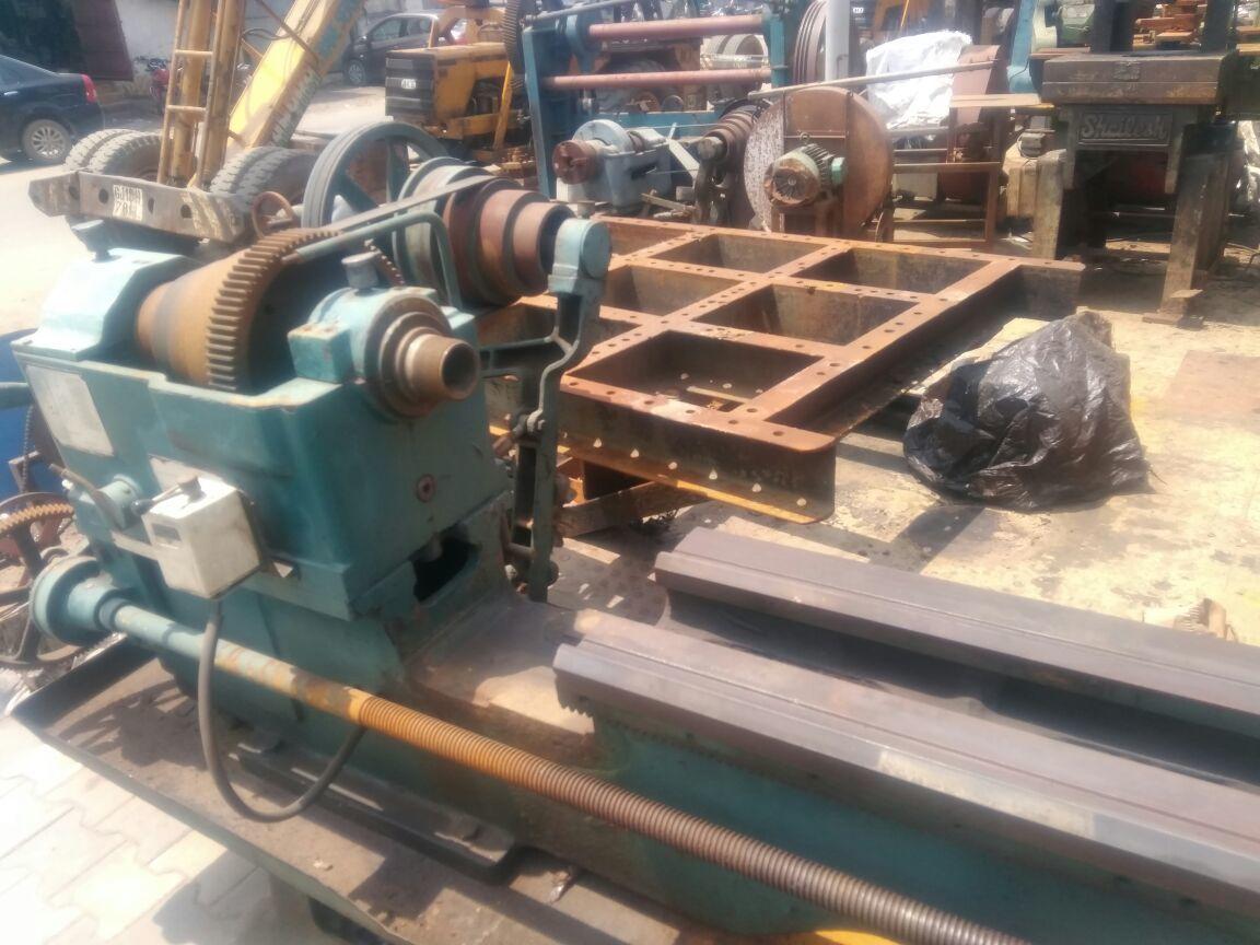 Lathe machine 7 feet